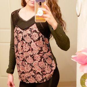 [Anthropologie] Taylor & Sage long sleeve blouse.